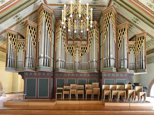 Die grosse Orgel auf der Empore in Peter und Paul.